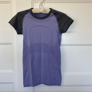 Lululemon short sleeve top